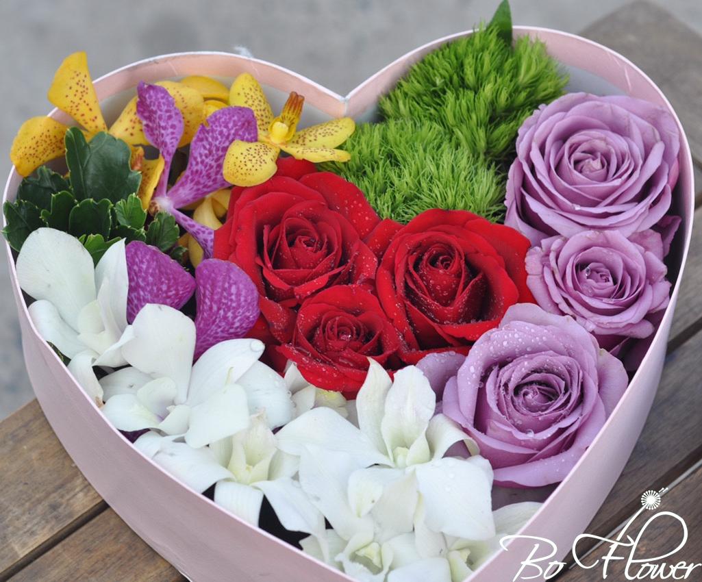 Hoa hộp trái tim 02