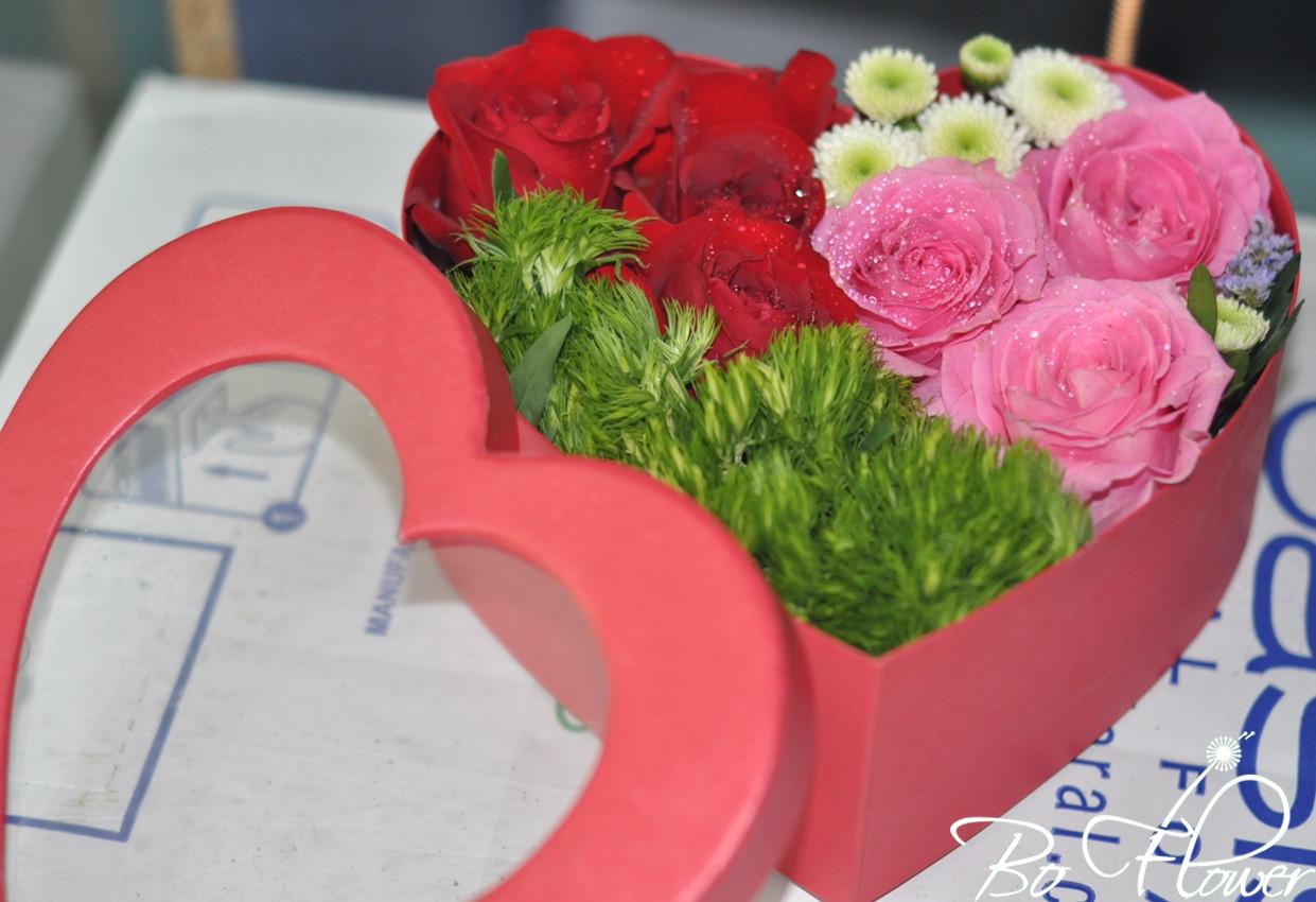 Hoa hộp trái tim 03